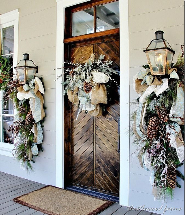 Front Door Holiday Decorating Ideas Part - 39: 1 Christmas Front Door Decor Ideas. Via Thistle Wood Farms.