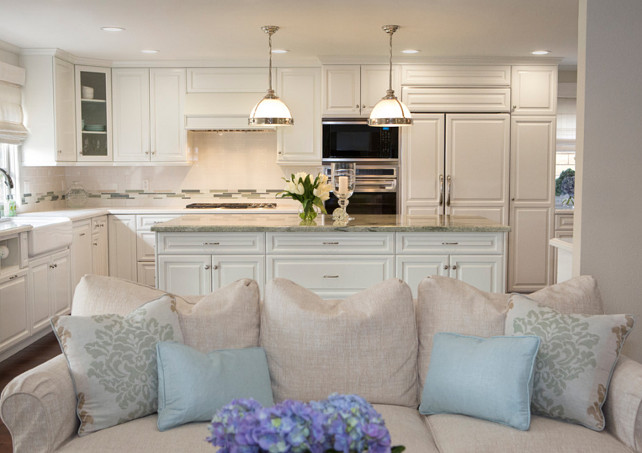 White Kitchen. Beautiful, clean designed white kitchen with neutral color palette. #WhiteKitchen #Kitchen #KitchenDesign