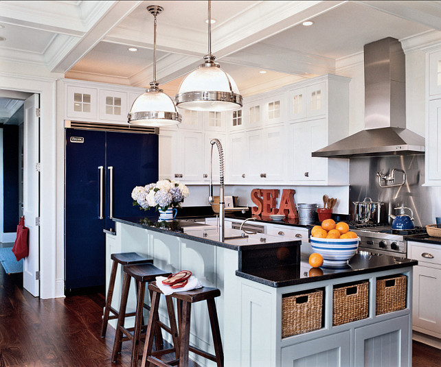 Kitchen. This is a great Coastal Kitchen. So much inspiration! #Kitchen #CoastalKitchen #Coastal #Interiors