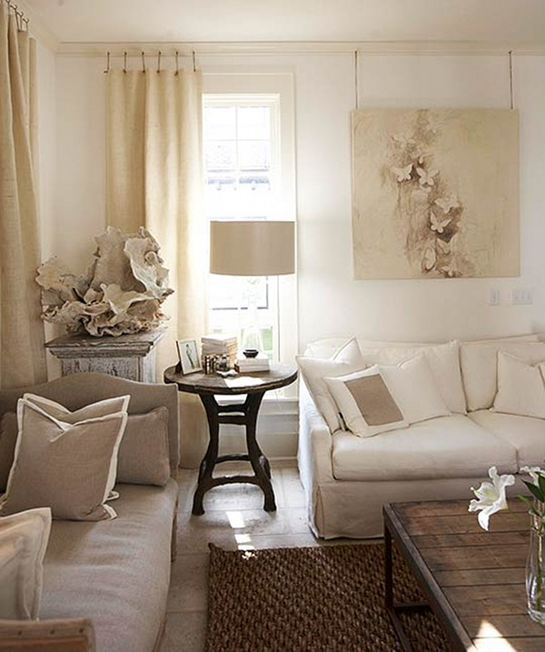 Coastal Home With Traditional Interiors: Chic Beach House & Giveaway Winner!