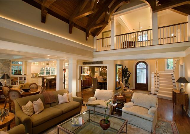 An ... & Traditional Home - Home Bunch Interior Design Ideas