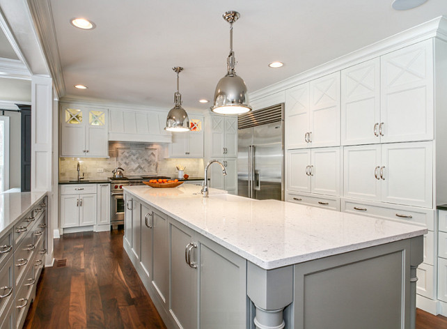 Kitchen Simply White Benjamin Moore. Simply White Benjamin Moore. Benjamin Moore Simply White. Benjamin Moore Simply White Kitchen Cabinet. #BenjaminMooreSimplyWhite #BenjaminMooreKitchen #BenjaminMoorePaintColors