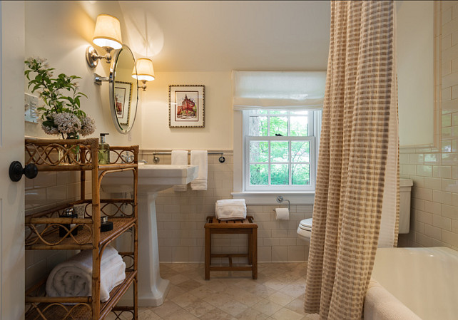 Country cottage home bunch interior design ideas for Country cottage style bathrooms