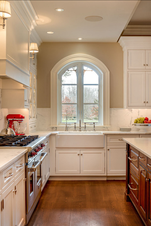 Kitchen Sink Ideas. Beautiful Apron Sink. #Kitchen #Sink #ApronSink #Interiors
