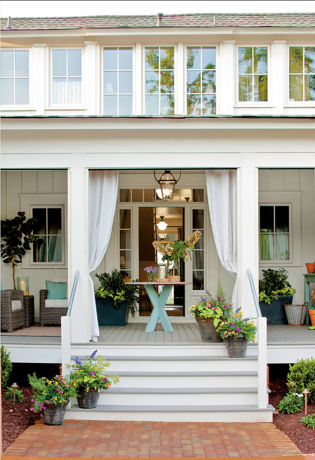 Porch Design Ideas. This porch decor is perfect for summer. Let's spend time outdoors! #Porch #PatioDecor #Summer
