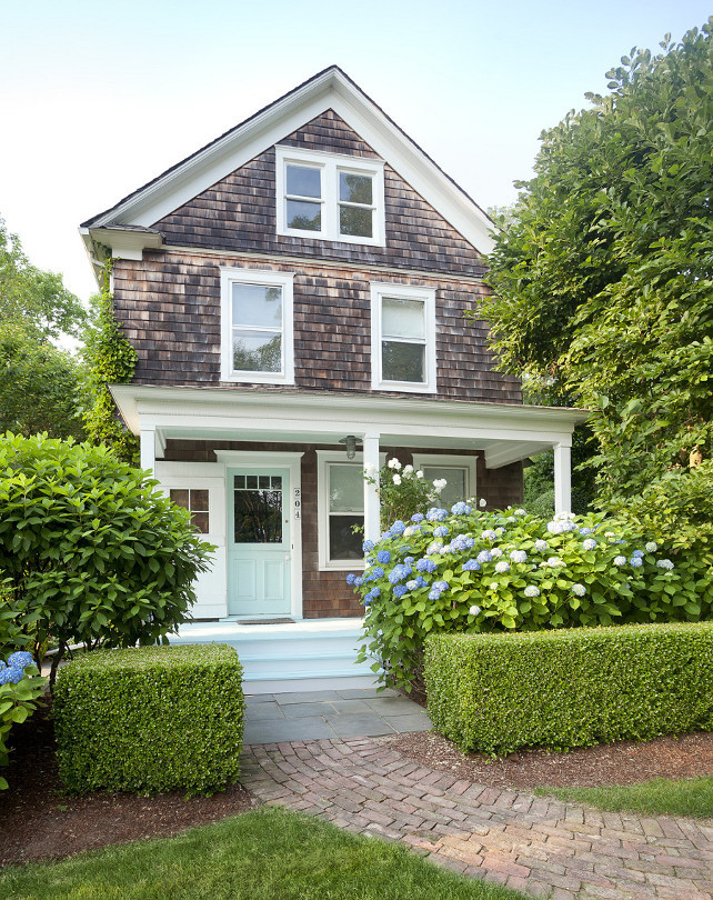 Shingle House Ideas. Exterior Shingle House. Shingle House Front Door Paint Color. Shingle House Ideas. Shingle House Garden. Shingle House Porch. Shingle House Landscaping. Shingle House Gardens. #ShingleHouse Hamptons-style-home