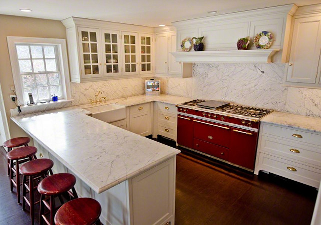 Cape cod cottage home bunch interior design ideas for Cape cod kitchen design ideas