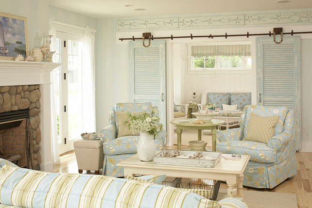 Coastal cottage with paint color ideas home bunch Coastal living rooms ideas