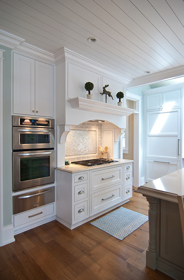 East Coast Inspired Shingle Home Bunch Interior Design Ideas