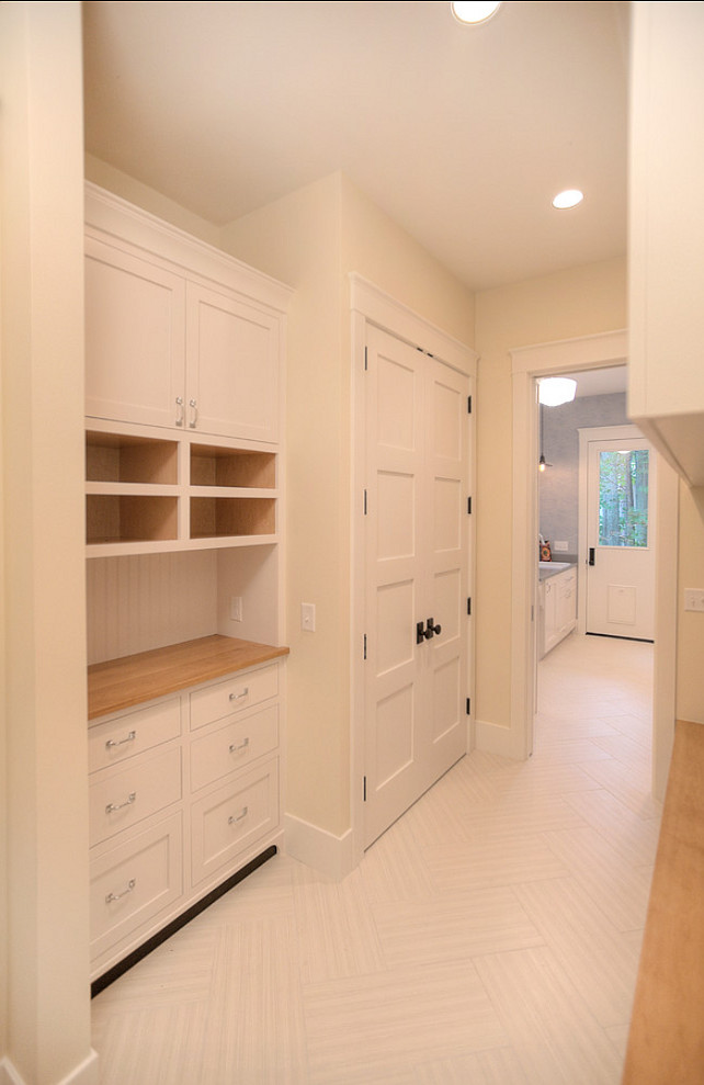 New Classic Coastal Home Home Bunch Interior Design Ideas