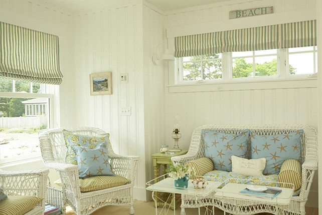 coastal cottage with paint color ideas home bunch. Black Bedroom Furniture Sets. Home Design Ideas