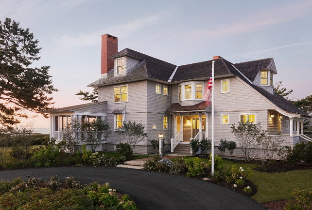 Shingle style oceanfront cottage home bunch interior for Shingle style cottage