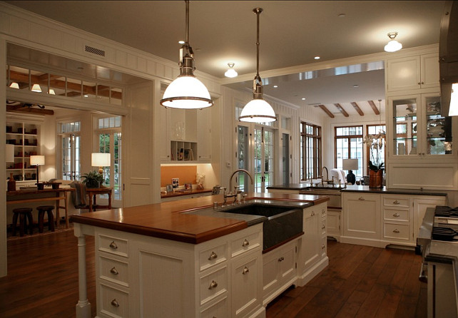 Classic home home bunch interior design ideas for Country kitchen house plans