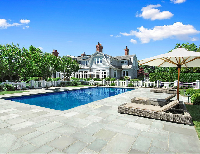 Pool Design. Beautifull, classic pool design on a Hamptons' mansion. #Pool #PoolDesign #ClassicPoolDesign