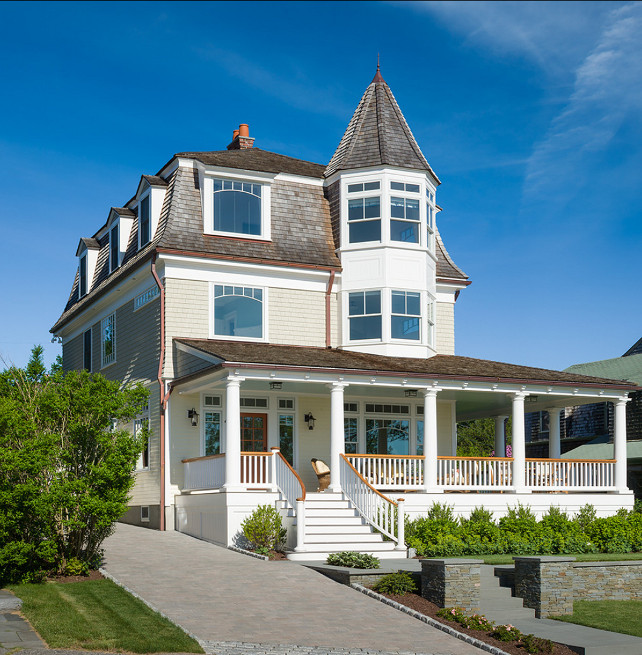 Coastal home with inspiring interiors home bunch for Victorian beach house plans