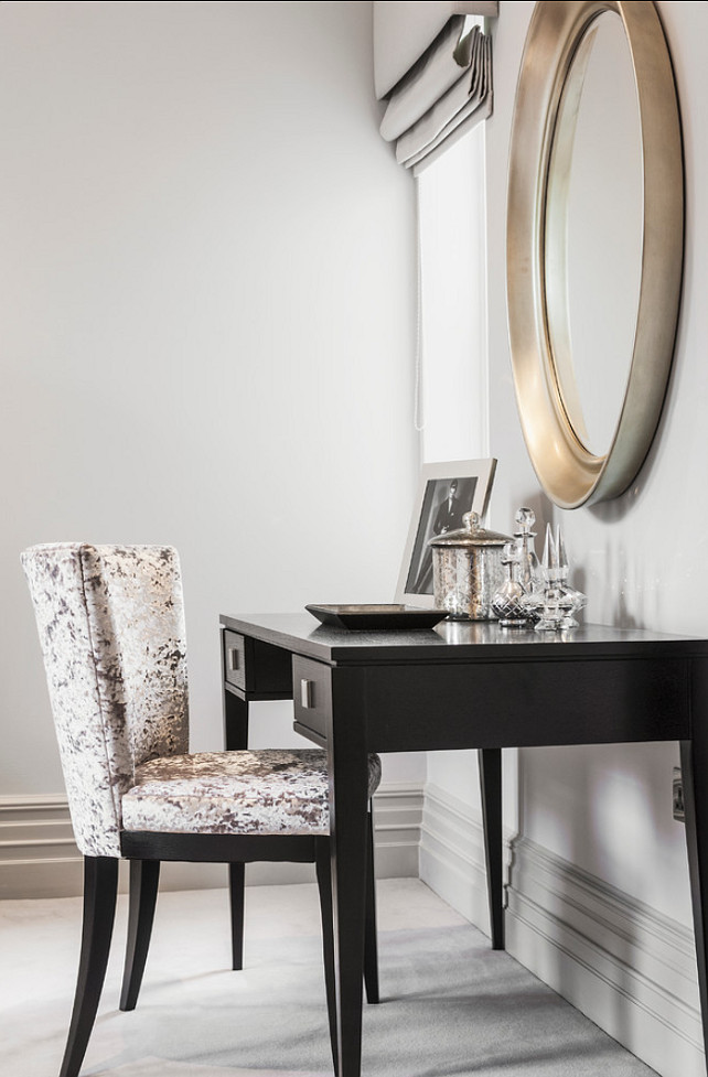Vanity Desk. Gorgeous vanity desk and chair. #Vanity #Desk