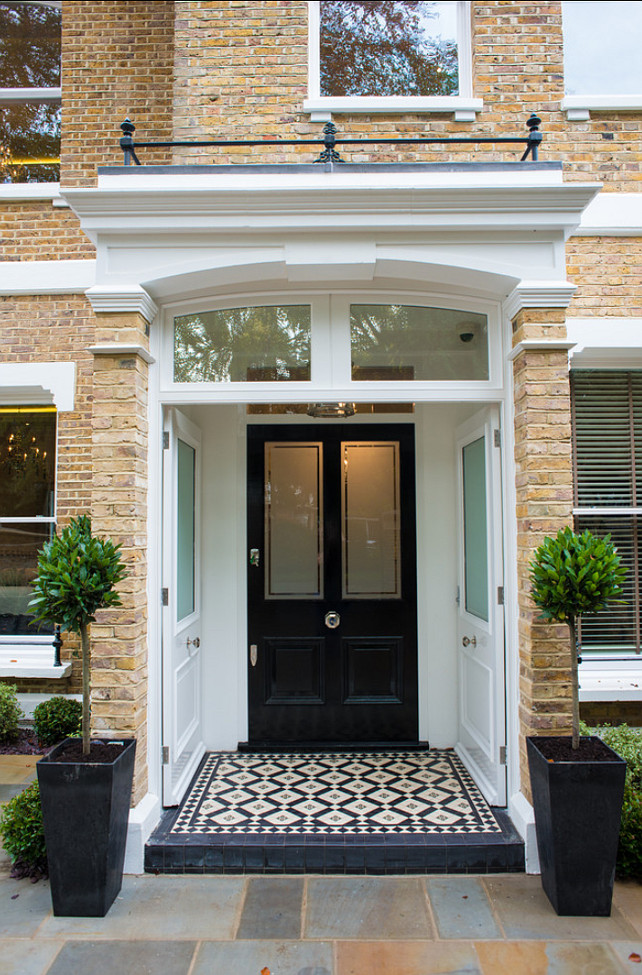 Sophisticated London Home. Beautiful interiors! #London #LondonHomes #Sophisticated #Interiors