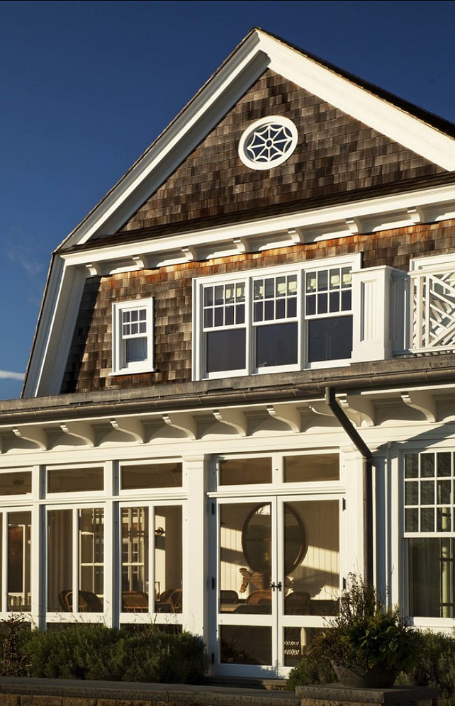 Shingled Style Homes. Great Hampstons Shingled Style Home. #ShingleHomes #ShingledHomes #Homes #Hamptons