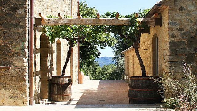 Casa fabbrini an italian villa home bunch interior - Terrazas rusticas ...