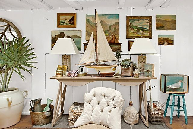 Cottage Of The Week Coastal Shabby Chic Home Bunch Interior Design Ideas