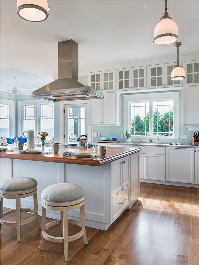 Beach House Kitchen Stool Ideas. Beach house counter stools. Beach house kitchen island stools. #BeachHouse #Kitchen #Counterstools #kitchenisland Davitt Design Build, Inc. Nat Rea Photography.