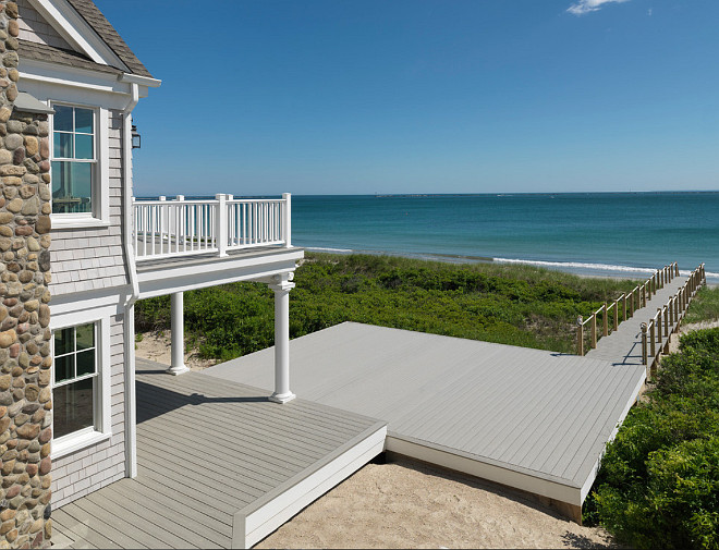 Beach House Patio. Davitt Design Build, Inc. Nat Rea Photography.