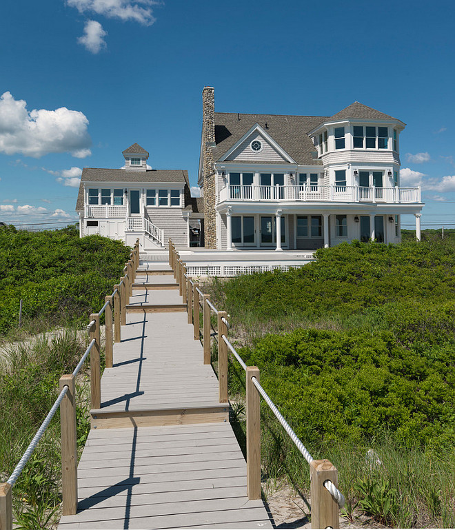 Beach house. Beach house exterior ideas. Beach house exterior. Davitt Design Build, Inc. Nat Rea Photography.