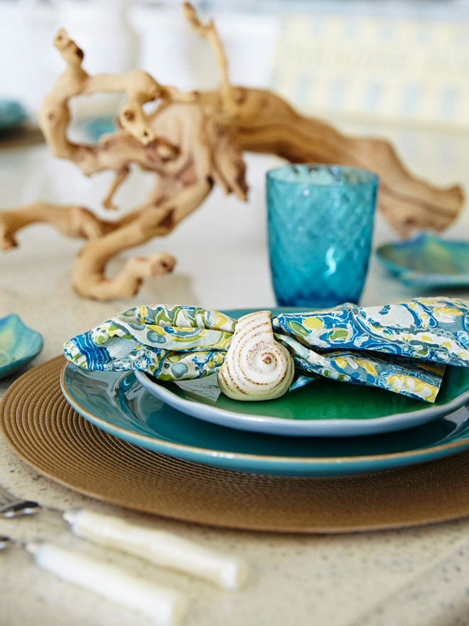 Coastal Table Setting. Coastal Table Setting. Coastal Table Setting ideas. Turquoise Coastal Table Setting. #Coastal #TableSetting #turquoise JMA Interior Design.