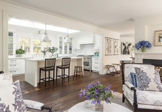 White kitchen design ideas home bunch interior design ideas for Open kitchen living room ideas