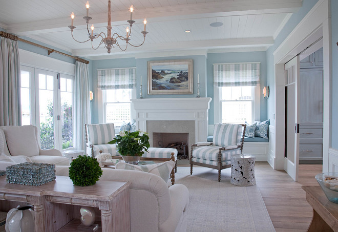 Benjamin Moore Heavenly Blue By The Wall Color Is 709
