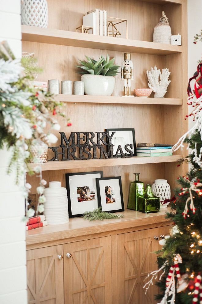 Built in Bookcase Christmas Decor. How to decorate your living room bookcase for Christmas. Christmas Bookcase Decor. #Christmas #Bookcase #Decor Gatehouse No.1.