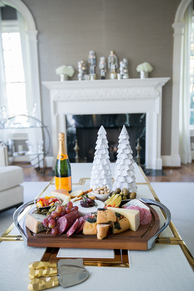 Christmas Cheese Board. Christmas Cheese Board Ideas. Christmas Cheese Board. Offer the best Christmas Cheese Board this Holiday Season to your guests. #Christmas #CheeseBoard. Fashionable Hostess.