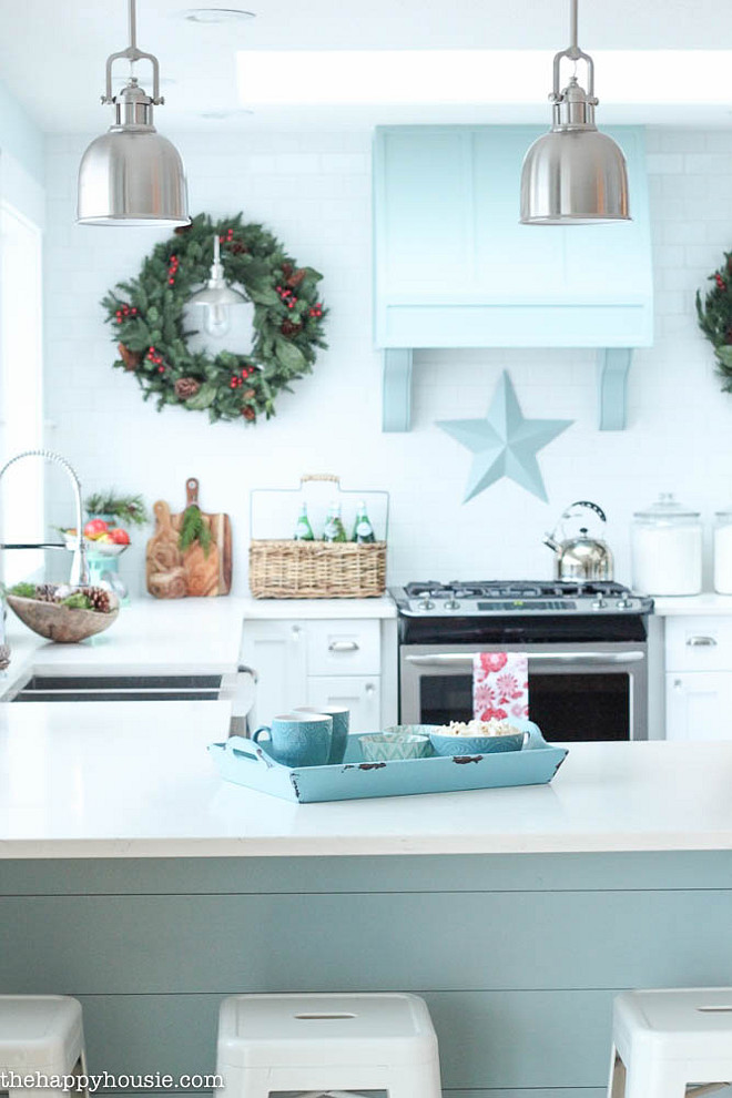 Christmas decorating ideas interior design ideas home bunch for Christmas decorating ideas for your kitchen