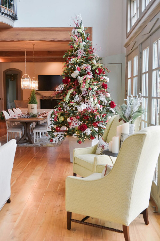 Christmas Tree Planter. Christmas Tree in White Planter. #ChristmasTree #Planter Gatehouse No.1.