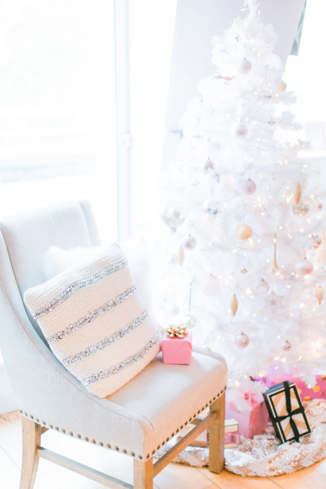 Pastel Christmas Tree. White Christmas Tree with pastel decor. #PastelChristmas #WhiteChristmasTree #ChristmasTree #PastelChristmasDecor Sanshine Photography.
