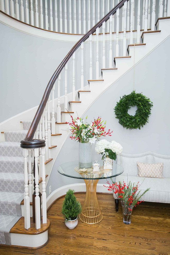 foyer christmas decor decorate your foyer for christmas christmas foyer decor - Christmas Decorating Ideas For Foyer