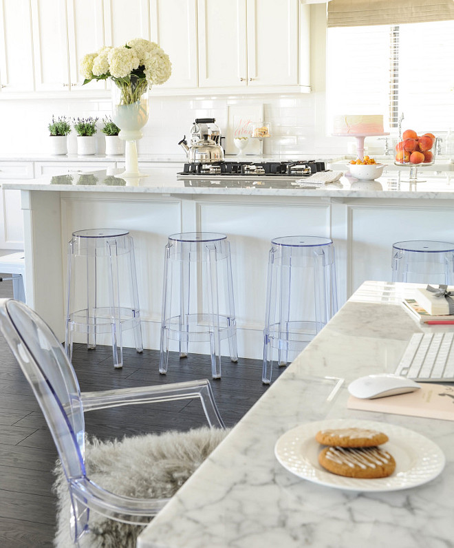 Popular White Kitchen Design. Popular White Kitchen Design with Marble countertop. Kichen marble countertop is the best option. Always a classic. #Marble #kitchen #countertop Monika Hibbs.