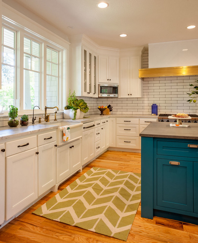 Coastal White Kitchen With Navy Blue Island: New Coastal Interior Design Ideas