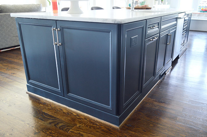 Kitchen Cabinet Painted In Benjamin Moore Hale Navy