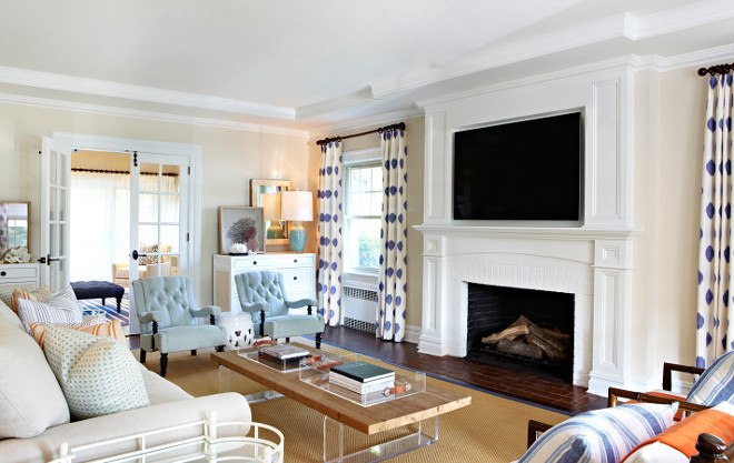 living room benjamin moore maritime white 963 in flat finish benjamin moore maritime white warm white - Warm Interiors Design Home Color