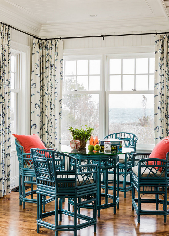 Beach House With Coastal Interiors Home Bunch Interior