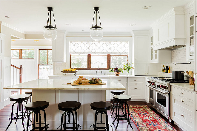 Warm White Kitchen With Pops Of Color From Rug And Dark Accents Choosing A Window Treatment
