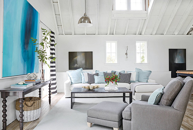 White Dove by Benjamin Moore. White Dove OC-17 by Benjamin Moore. White paint color is White Dove OC-17 by Benjamin Moore #WhiteDoveOC17BenjaminMoore Coastal Living.