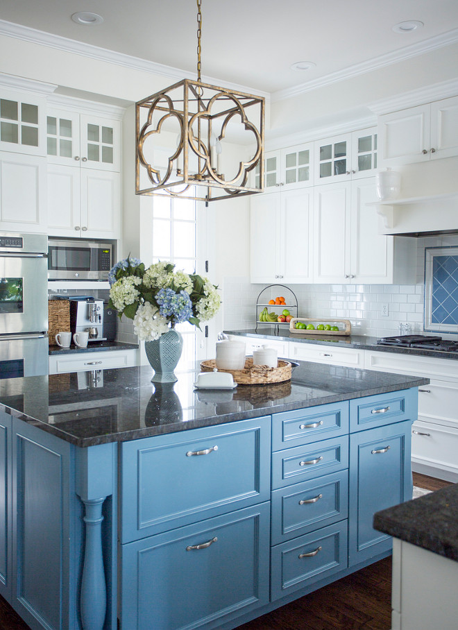 Blue island Kitchen island painted in blue Blue kitchen island paint color is Benjamin Moore Poolside 775 #BenjaminMoorePoolside #BenjaminMoorePoolside775 #Blueisland #kitchenblueisland #blueislandpaintcolor #kitchenislandpaintcolor