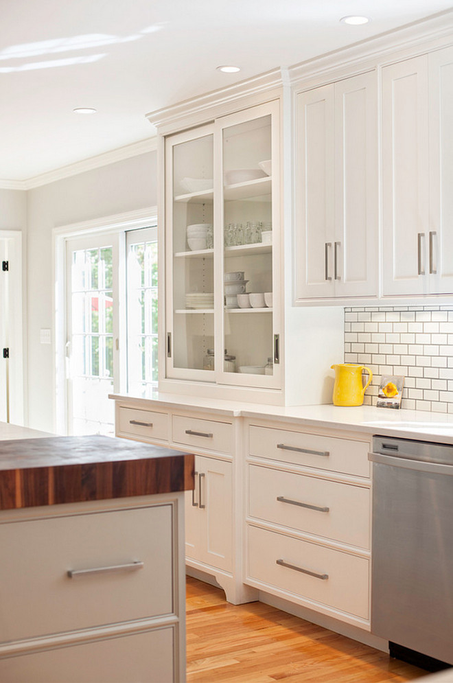Kitchen cabinet pulls. Kitchen cabinets with only pulls. Kitchen cabinet pulls are Schaub Classico Collection in Satin Nickel. #Kitchenpulls #Kitchencabinetpulls #Cabinetpulls #kitchenpullhardware  Pennville Custom Cabinetry