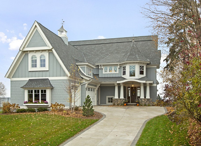 Gray home exterior paint color, Gray home with white trim exterior paint color - Choosing the right paint color for your gray home - Perfect Gray exterior with white trim paint color Design by Stonewood, LLC