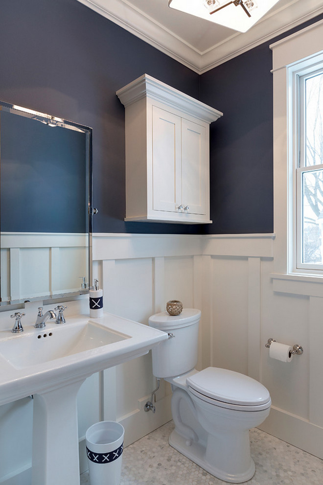 Luxurious cottage interiors home bunch interior design ideas Navy blue and white bathroom