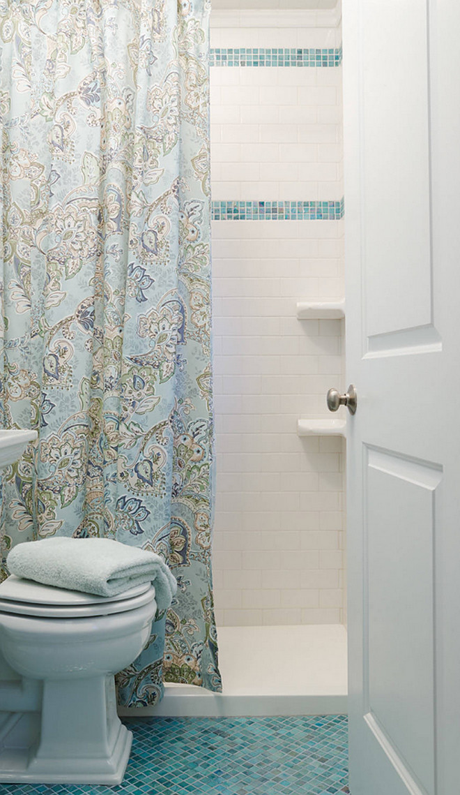 "Small Bathroom Decorating Ideas. Having a limited space should never limit your creativity when design it. Here, the interior designer used a 3/4"" x 3/4"" square blue tiles on the floor and used a combination of classic white subway tiles with blue tiles on the shower wall. Similar Tiles: ""Blue Copper Glass Tile Blend 3/4"" x 3/4"" by Glass Tile 4 Less"" on Amazon - $7.98 + $9.93 shipping. #SmallBathroom #SmallBathroomDecoratingIdeas #SmallBathroomFloors #SmallBathroomFlooring #SmallBathroomWallTiles #SmallBathroomTiles #SmallBathroomIdeas #SmallBathroom"