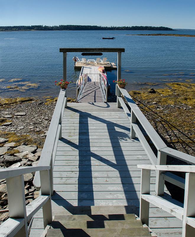 Beach house. Beach house Doc. Beach house dock ideas. #Beachhouse #dock Banks Design Associates, LTD & Simply Home