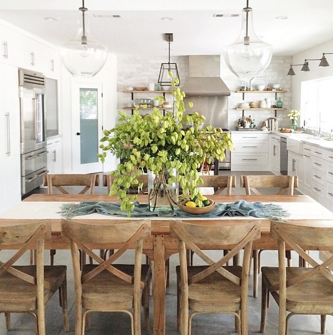 Casual Dining Room Centerpieces: Home Bunch Interior Design Ideas